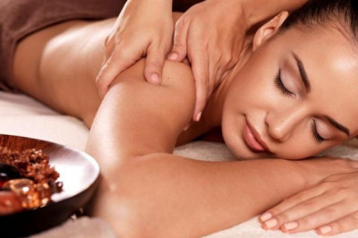Foto Bangkok Beauty Salon & Spa - Thaise massage van 60 minuten of kies uit 8 andere massages