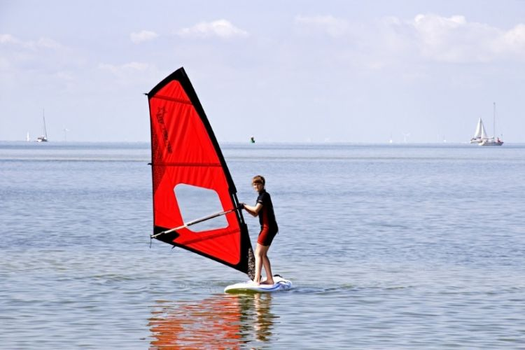 Foto Introductieles windsurfen bij Soal Surf en Beach in Workum